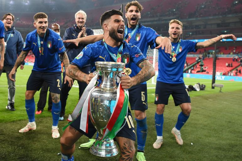 Italy win 3-2 on penalties